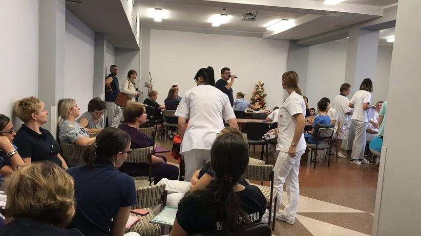 Strajk w szpitalu na Śląsku. Protestują lekarze i pielęgniarki