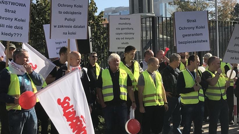 Protest sokistów przed MSWiA