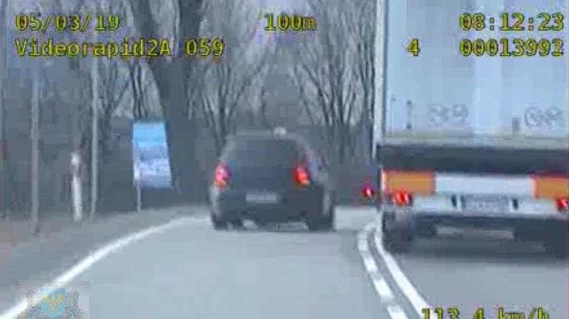 Pirat drogowy gnał przez miasto 170km/h. Uciekał przed policją [WIDEO]