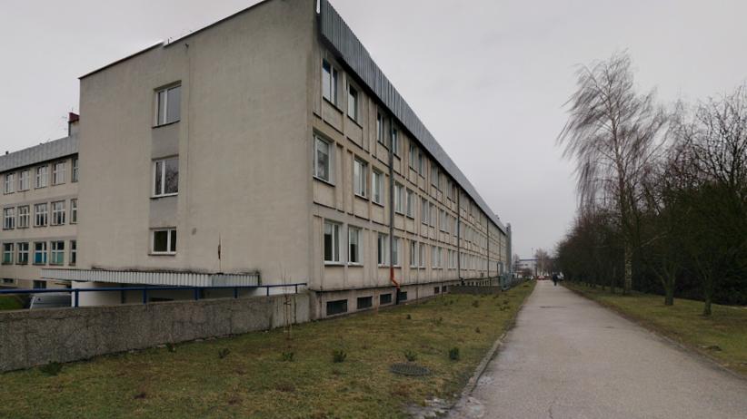 Znaleziono ciało przed szpitalem w Lublinie. Jest w złym stanie