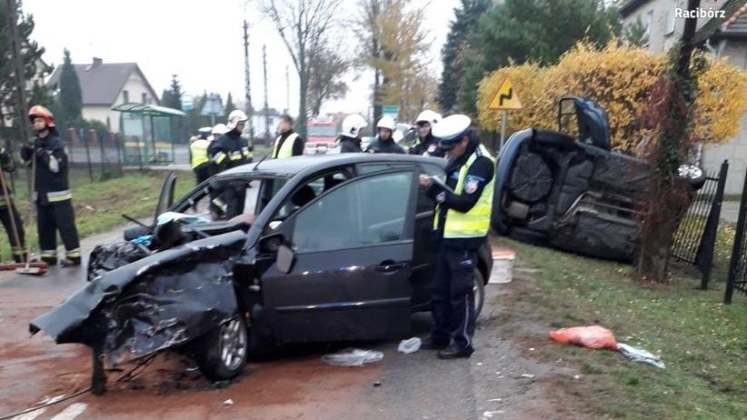Racibórz. Czołowe zderzenie samochodów. Kierowca jednego z nich był pijany
