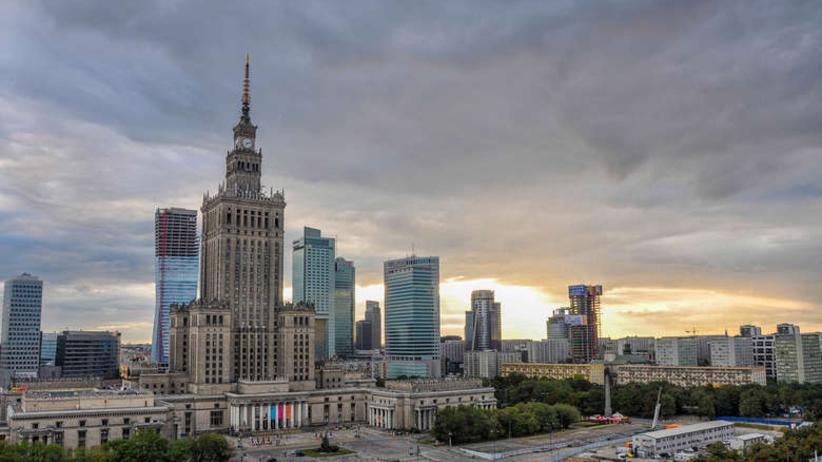 Rada Warszawy skarży do sądu decyzję wojewody ws. referendum