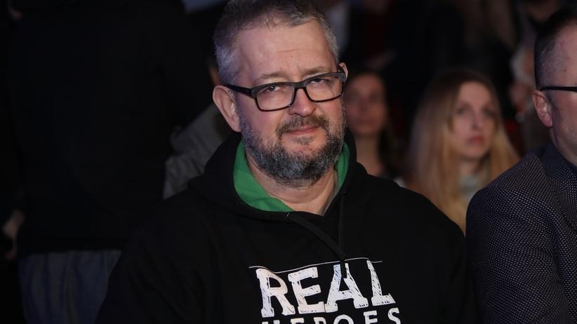 Rafał Ziemkiewicz bez koszulki odpowiada na amerykańską ustawę 447