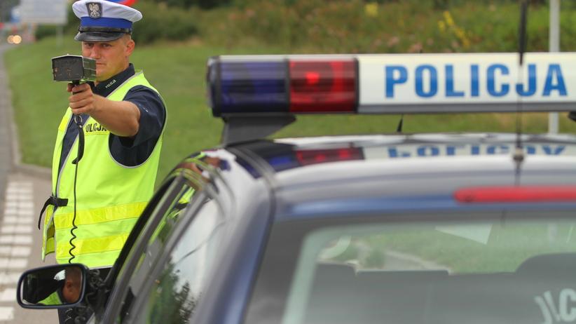 Brak kontroli taksometrów i policyjnych radarów. Miażdżący raport NIK