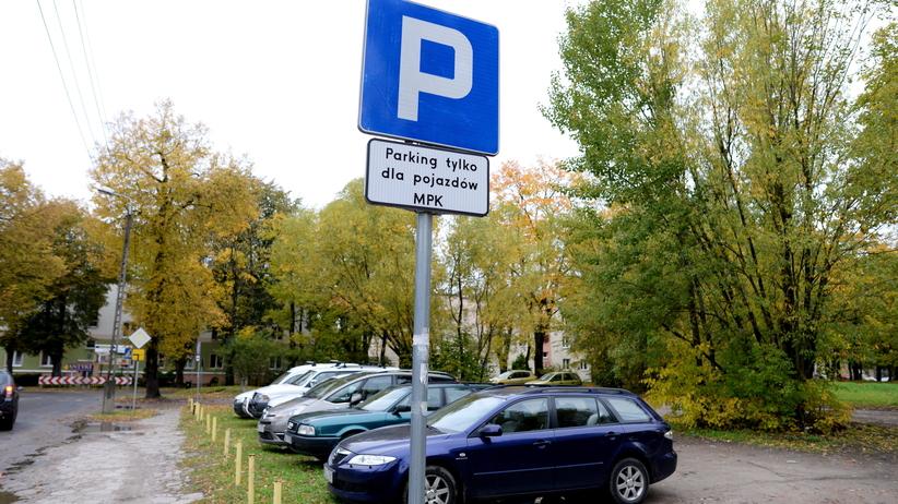 Tylko u nas: Nowy raport o ograniczeniu liczby samochodów w centrach miast