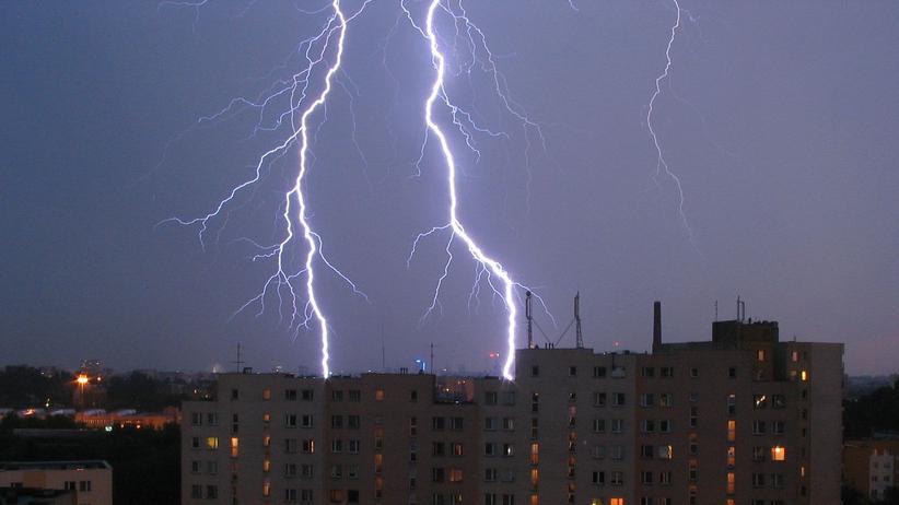 Krajobraz po burzach. Tysiące ludzi bez prądu