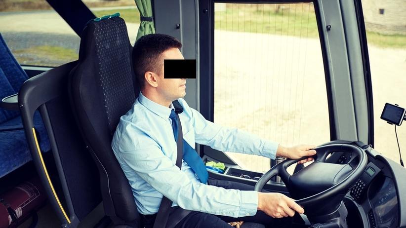 Pijany kierowca wiózł 30 dzieci do szkoły. Miał 1,7 promila