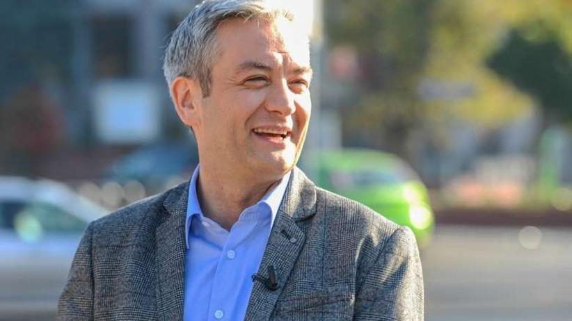 Biedroń oszukał wyborców? Zrezygnował z mandatu w Słupsku