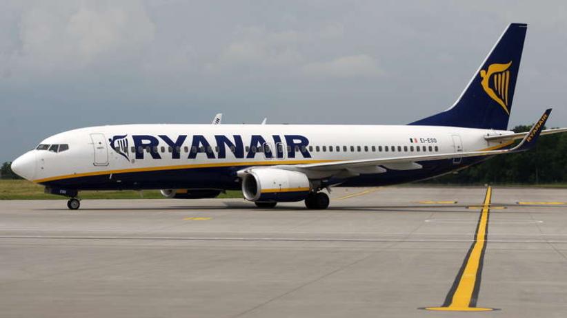 Ryanair odwołał ponad setkę lotów do Polski. Można dostać odszkodowanie