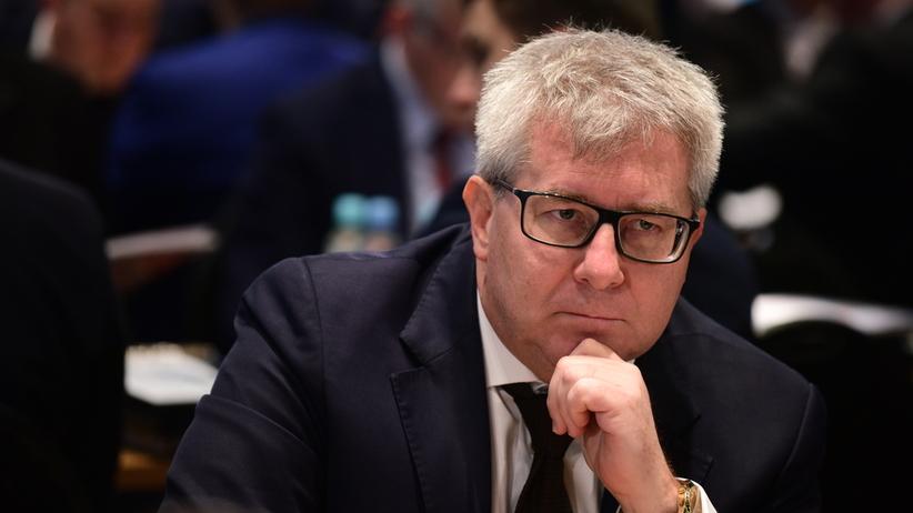 Ryszard Czarnecki poleciał z misją polityczną na Malediwy. Wbrew Unii