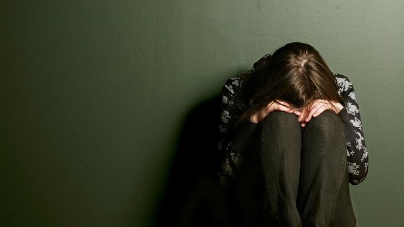 Zgwałcił i pobił dziewczynę. Policja w Rzeszowie szuka sprawcy