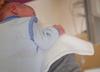 Sześciomiesięczny chłopiec z obrażaniami ciała walczy o życie