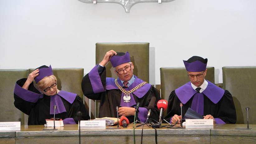 Sąd Najwyższy podtrzymał zawieszenie sprawy Mariusza Kamińskiego
