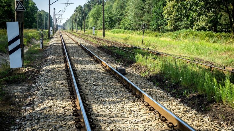 Dolnośląskie: Matka z półrocznym dzieckiem zginęli pod pociągiem