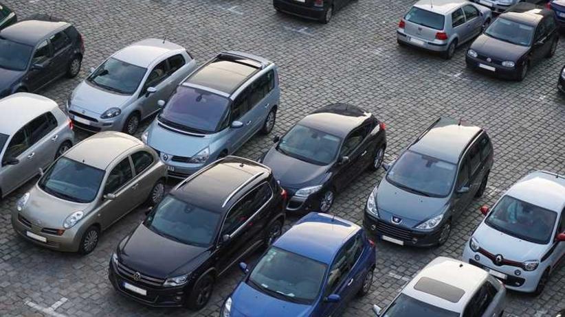Parking i samochody