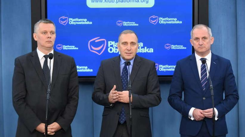 Grzegorz Schetyna chce bronić samorządów przed PiS