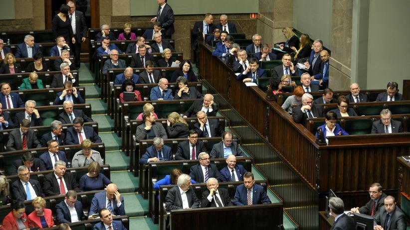 Głosowanie nad ustawami prezydenckimi o SN i KRS