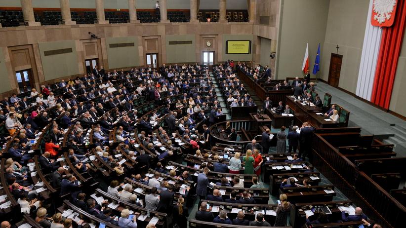 Sejm przyjął sprawozdanie z wykonania budżetu za 2017 r.
