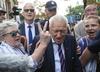 Sejm. Kornel Morawiecki zablokowany przez protestujących