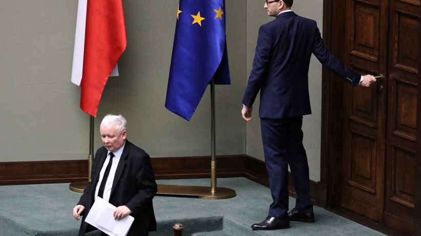 Sejm. Posłanka PO Agnieszka Pomaska sugerowała, że Kaczyński wręczył Morawieckiemu kopertę
