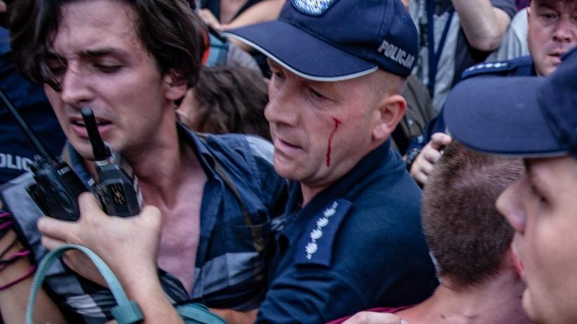 Sejm. Zatrzymani po protestach. Ranni policjanci