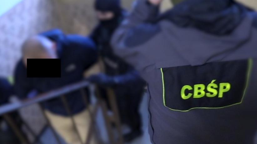 Aresztowano sześciu członków gangu pseudokibiców. Odpowiedzą m.in. za rozboje i pobicia