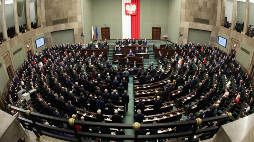 SLD ma szansę wrócić do Sejmu? Nowy sondaż zaskakuje