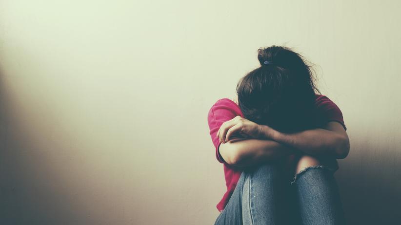 Słupsk: Ojciec miał znęcać się nad chorą na glejaka córką