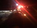 Samochód z nastolatkami uderzył w drzewo. Nie żyją dwie młode osoby