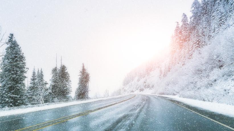 Mroźno i śnieżnie. Prognoza pogody na sobotę