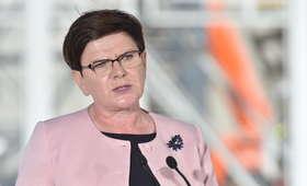 Polacy podzieleni w sprawie zmiany premiera. Która strona zwycięży?
