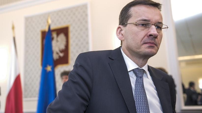 Niemal połowa Polaków niezadowolona z działań rządu. NAJNOWSZY SONDAŻ