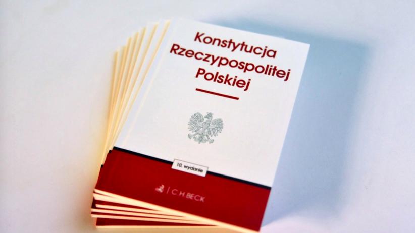"""Sondaż IBRiS dla """"Faktu"""" i Radia ZET: prawie 50 proc. za zmianą konstytucji, ale…"""
