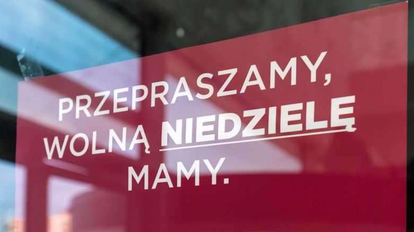 Zapytali Polaków o zakaz handlu. Zła wiadomość dla PiS