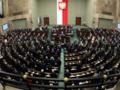 Najnowszy sondaż: Nieznaczny spadek poparcia dla PiS. Cztery partie w Sejmie