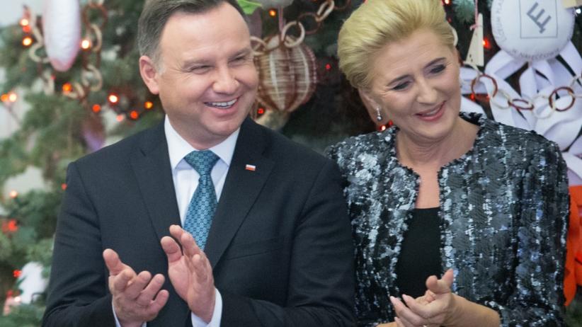 Andrzej Duda pokonany. Polacy wskazali, z kim poszliby na Sylwestra