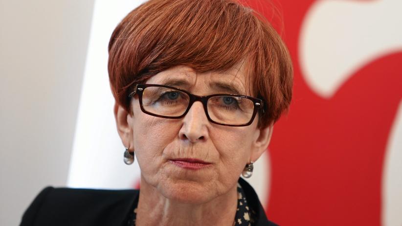 Tylko u nas: Elżbieta Rafalska zdradza, jak chce bronić pracowników delegowanych