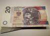 Ile tak NAPRAWDĘ zarabiają Polacy? GUS opublikował dane