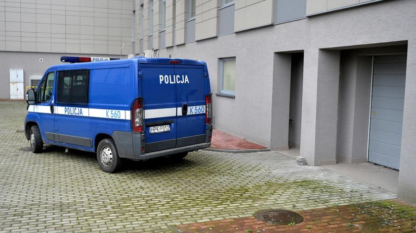 Nożownik ze Stalowej Woli usłyszał prokuratorskie zarzuty