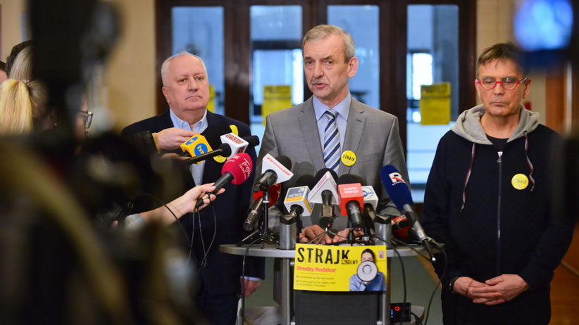 Broniarz: egzaminy poważnie ZAGROŻONE, wszystko w rękach minister Zalewskiej