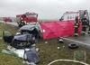 Opel zderzył się z tirem. Zginęły 2 osoby, uratowano 10-letnie dziecko [ZDJĘCIA]