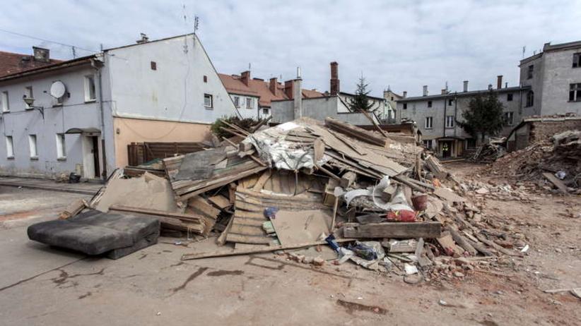 Świebodzice: Katastrofę spowodował granat ćwiczebny