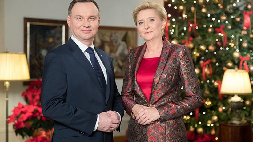 Para prezydencka życzy Polakom radości płynącej ze wspólnego świętowania