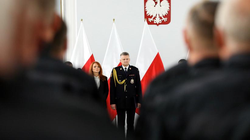 """Szef Straży Marszałkowskiej Sejmu odwołany. Powód? """"Straż nie chciała aresztować tablicy"""""""