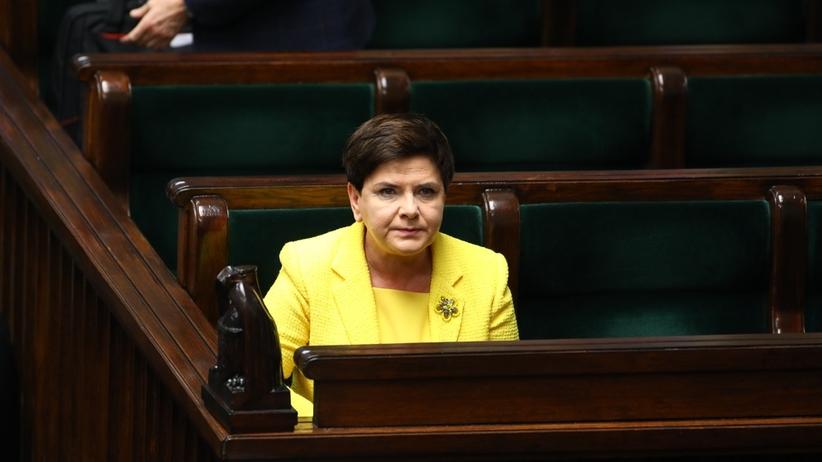 Tak koledzy żegnali ustępującą premier Beatę Szydło na Twitterze