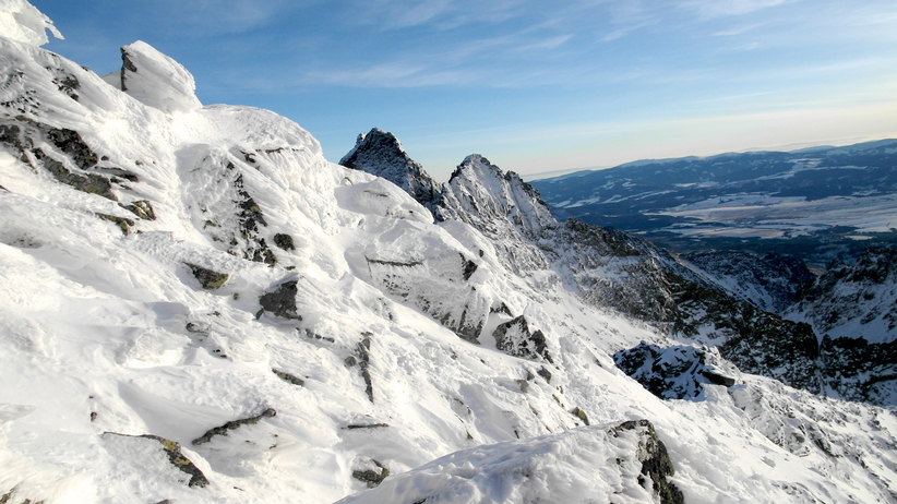 Akcja ratunkowa w Tatrach. Turysta zgubił szlak na Rysy
