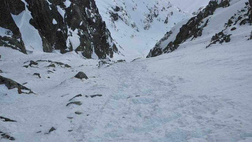 W całych Tatrach obowiązuje czwarty stopień zagrożenia lawinowego. Sytuacja jest bardzo niebezpieczna