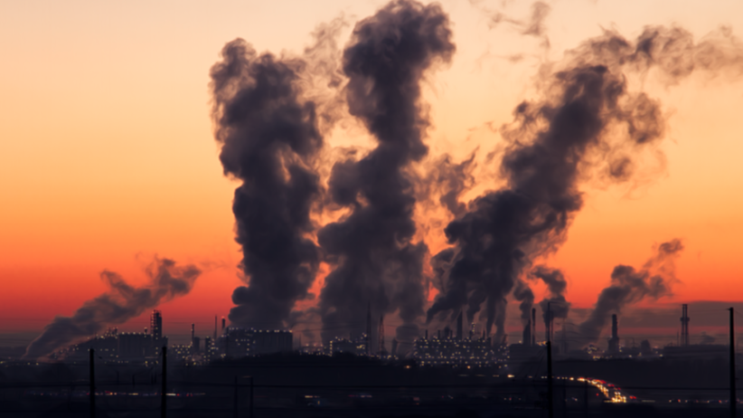 TOP 20 najbardziej zanieczyszczonych polskich miast. Tu króluje... SMOG! [MAPA]