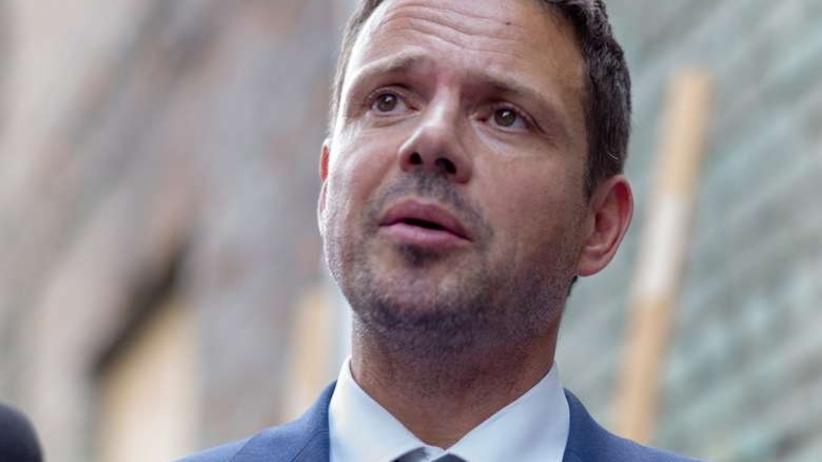 Trzaskowski obiecuje pomoc dla uchodźców: Warszawa musi być otwarta
