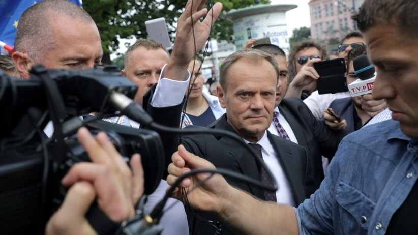 Tusk jest już w prokuraturze. Przesłuchają go jako świadka
